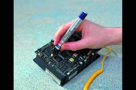 Разтвор за почистване на електроника, флумастер